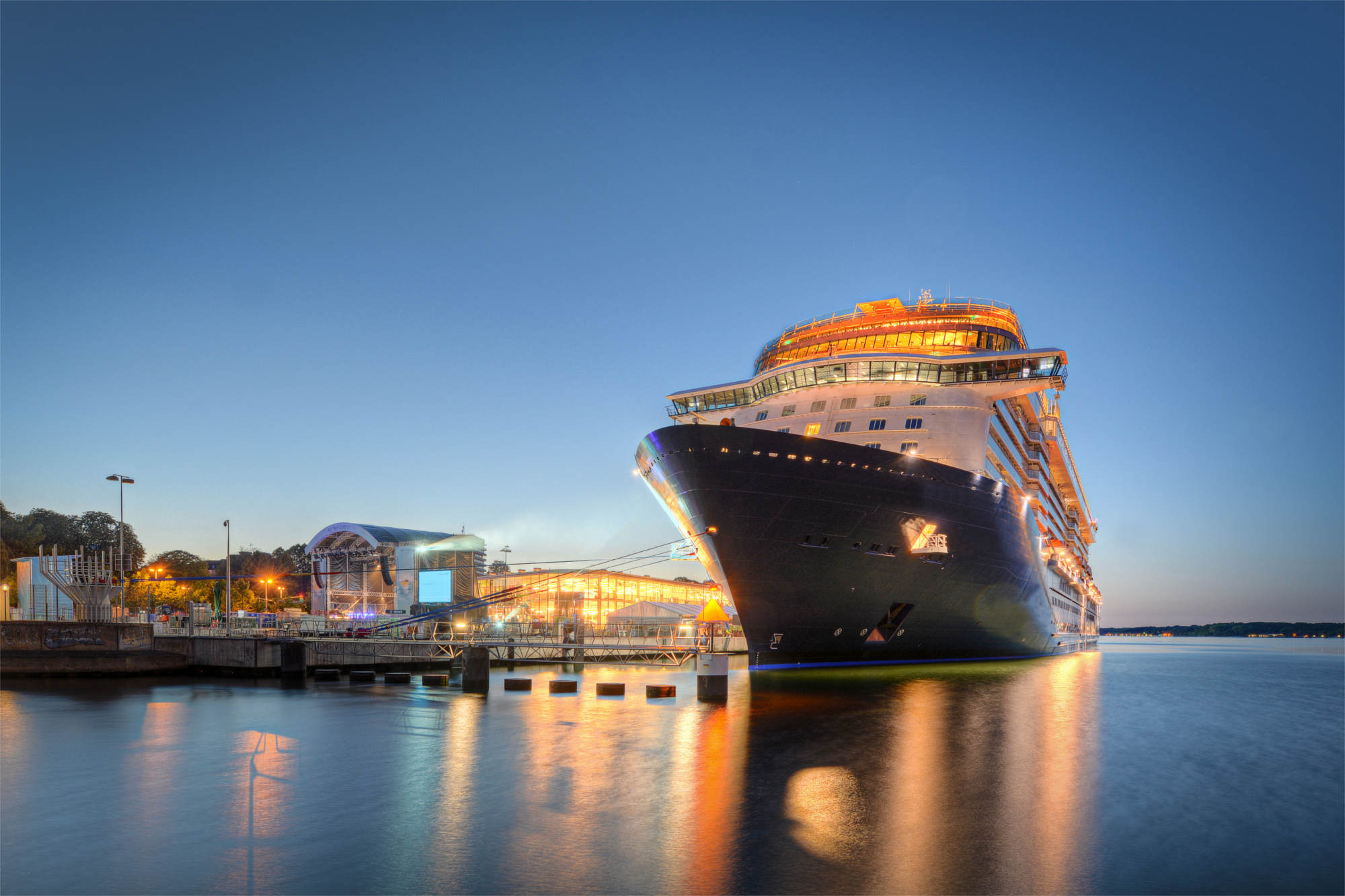 Seaport and cruise terminal taxi transfers with GDB-Travel of Worksop